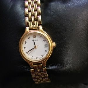 SEIKO Ladies Gold Watch Made in Japan